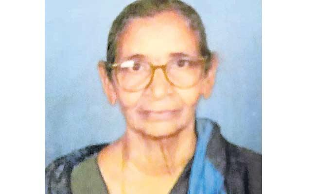 90 Year Old Woman Recovered From Coronavirus - Sakshi