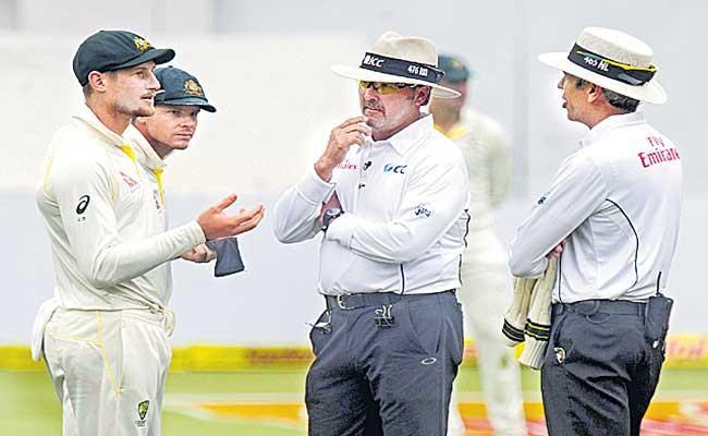 Australian bowlers were aware of ball-tampering tactics - Sakshi