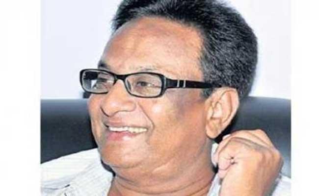 Telugu Film Lyricist Adrusthta Deepak Tributes - Sakshi