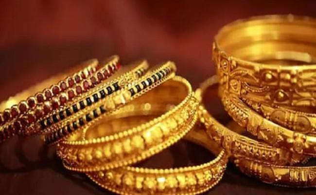 Gold Price Today May 18: Gold gains Rs 300, silver rallies Rs 1433 - Sakshi