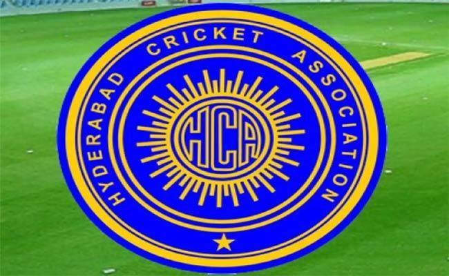 Hca Sanctions Rs 3 Lakhs To Cricketer Sravanthi Naidu - Sakshi