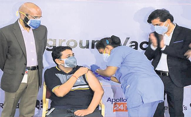 Sputnik Vaccines Launched In Hyderabad - Sakshi