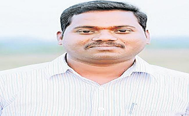 Private Hospital Did Not Give Corona Dead Body - Sakshi
