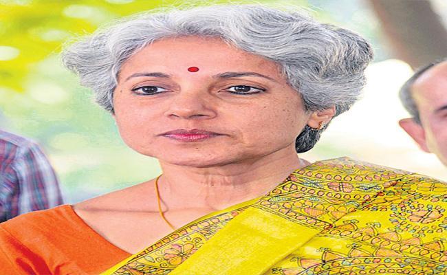 Soumya Swaminathan Says Vaccination Is Compulsory - Sakshi
