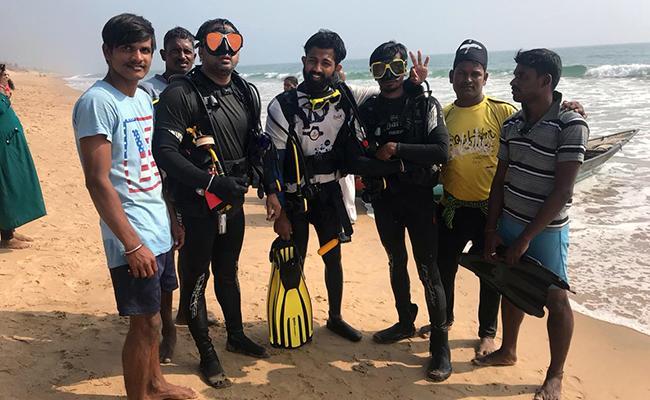 Livin Adventures: History Finding Under Ocean In Visakhapatnam - Sakshi