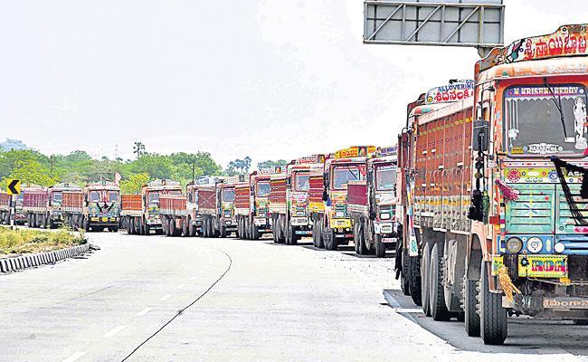 Jangaon: Paddy Transport in Sand Lorries - Sakshi