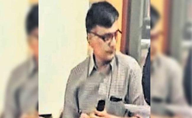 CBI Questions Bollineni Srinivasa Gandhi Over Amassing Illegal Assets - Sakshi
