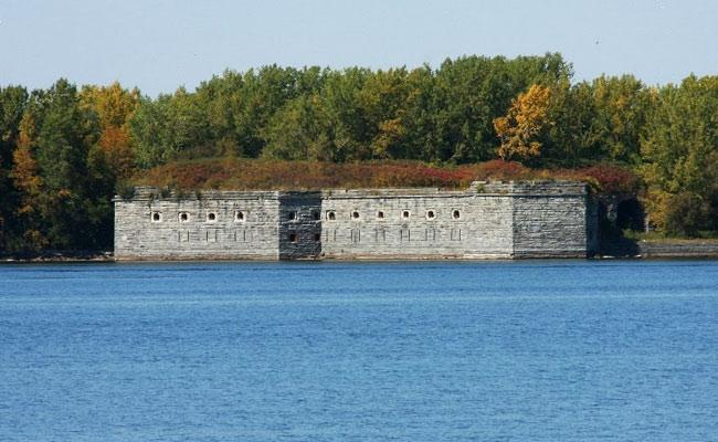 Fort Blunder: The Fort That America Mistakenly Built in Canada - Sakshi