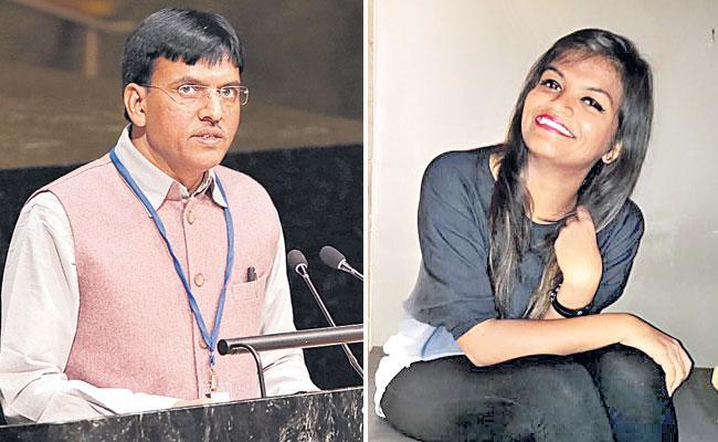 Mansukh Mandaviya Is Proud Of His Daughter For Becoming A Covid Warrior - Sakshi