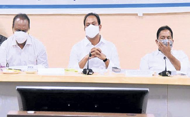 120 metric tons of oxygen from Odisha - Sakshi