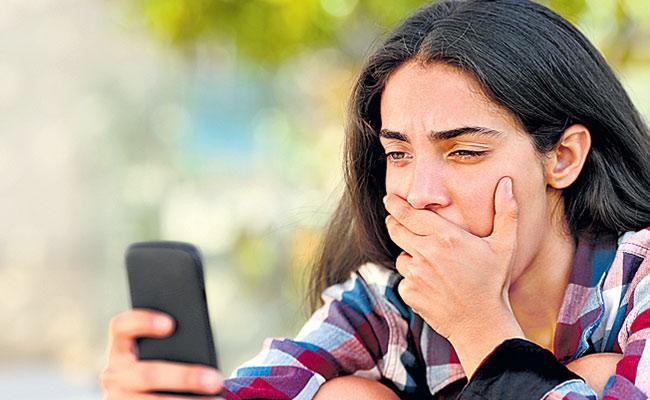 Cyber Criminal Target Teenagers By Fake Accounts Be Careful In Social Media - Sakshi