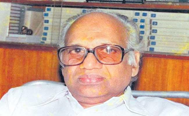 Producer U Vishweshwara Rao passes away due to covid-19 - Sakshi