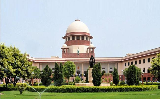 Supreme Court Says Must Avoid Passing Impossible Covid Orders - Sakshi