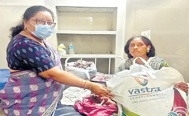 Ktr Responded In Twitter To Help Pregnant Lady - Sakshi