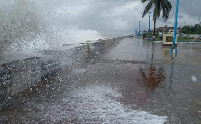Cyclone Yaas Effect On Andhra Pradesh - Sakshi