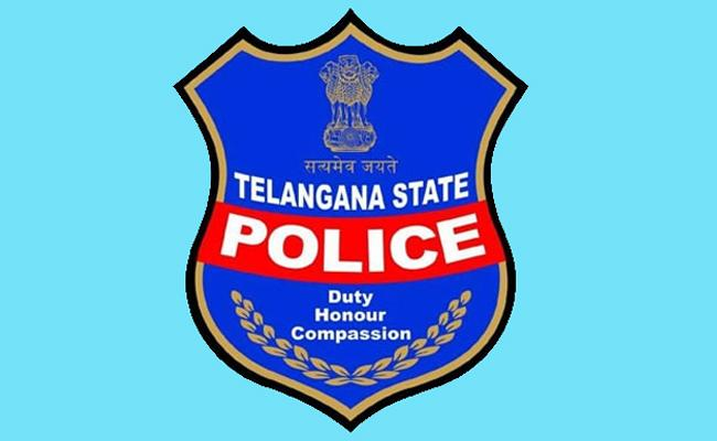 Telangana Police Responding Needy People In Lockdown - Sakshi