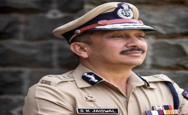 Subodh Kumar Jaiswal Maharashtra IPS Officer Is New CBI Director  - Sakshi