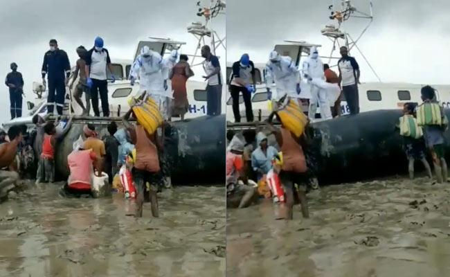 Indian Coast Guard Response Team Rescues About 100 Stranded People - Sakshi