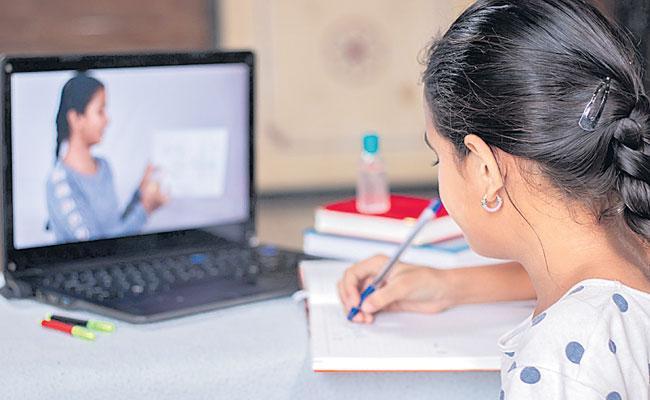 Telangana: Intermediate First Year Admission Begins, Online Classes From June 1 - Sakshi