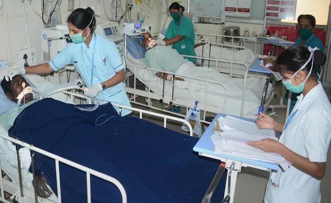 Singareni Retired Worker Giving Medicine To Corona In Mancherial - Sakshi