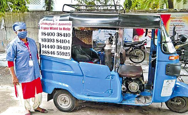 Chennai: Seetha Devi Runs Oxygen Auto To Help Covid Patients - Sakshi
