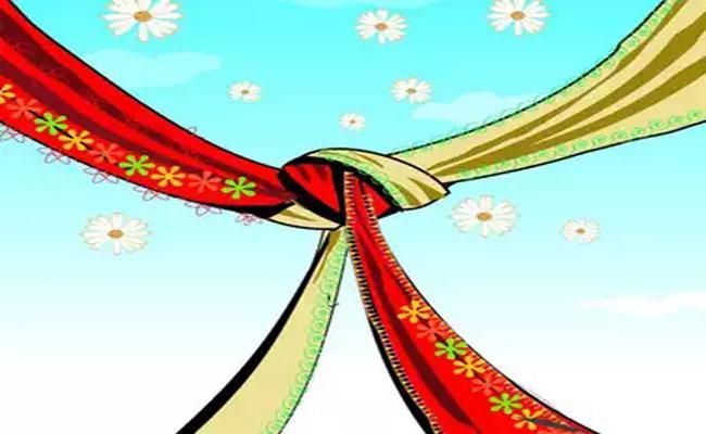 Khammam Wedding Ceremony Leaves 4 Dead 100 Positive - Sakshi