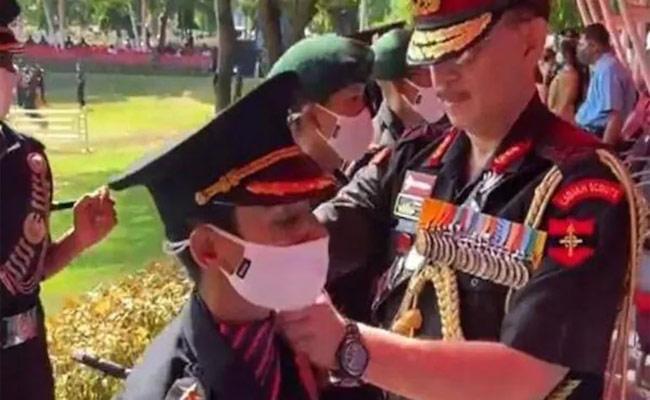 Nikita Kaul Joins Indian Army Pays Befitting Tribute To Husband - Sakshi