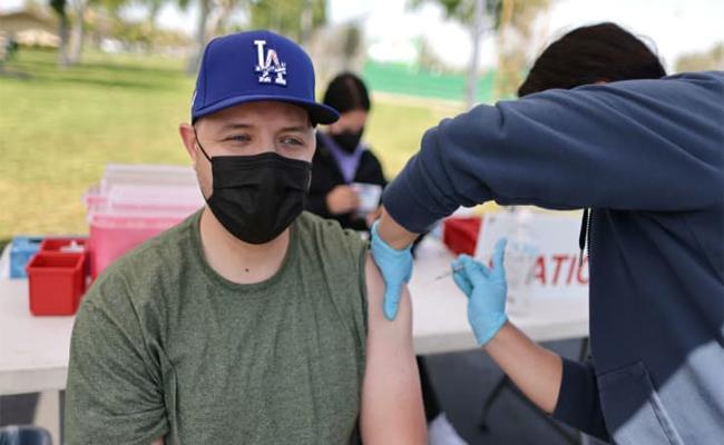 California Governor Offer $116 Million Covid19 Vaccine Prize Money - Sakshi