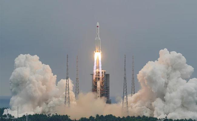 China Launches Key Module Of Space Station Planned For 2022 - Sakshi