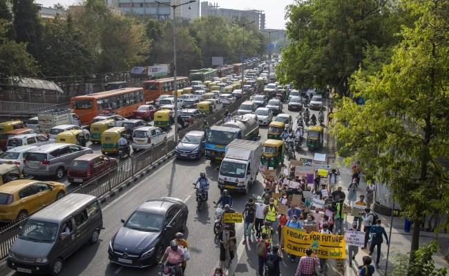Road ministry notifies changes in motor vehicle rules - Sakshi