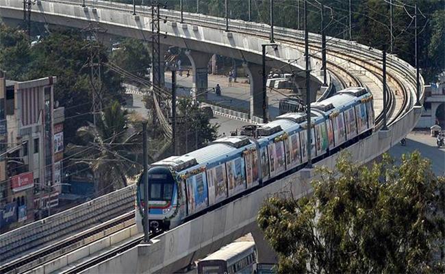 Telangana: Hyderabad Metro Rail New Timings Covid Restrictions  - Sakshi