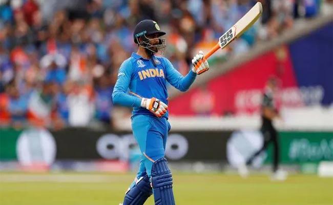 Ravindra Jadeja Talks About 2019 World Cup semi Final Celebration Towards Sanjay Manjrekar - Sakshi