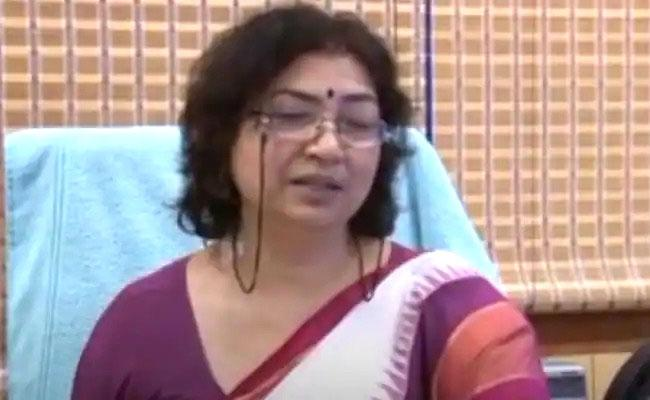 My Husband, Mother Died Without Treatment: Ex Doordarshan Director - Sakshi