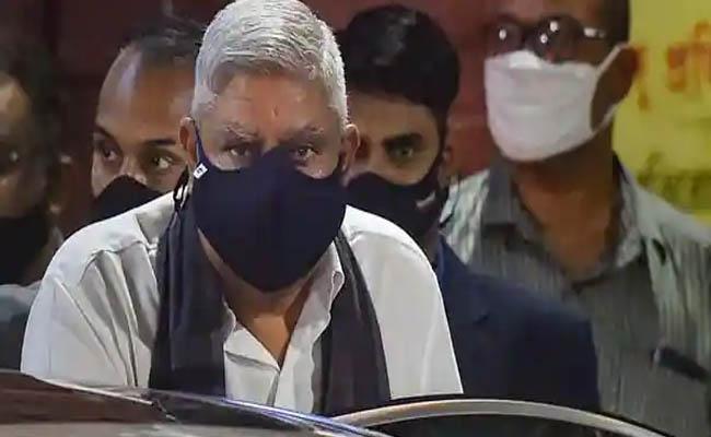 PM Modi dials Bengal Governor over post-poll violence; BJP moves Supreme Court - Sakshi