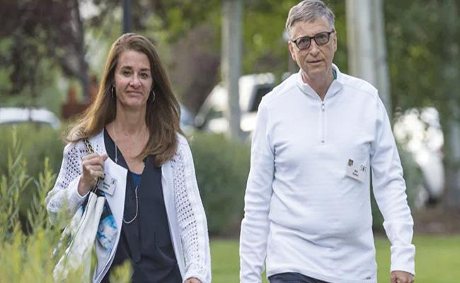 Bill And Melinda Gates End 27 Years Of Marriage Announced On Twitter - Sakshi