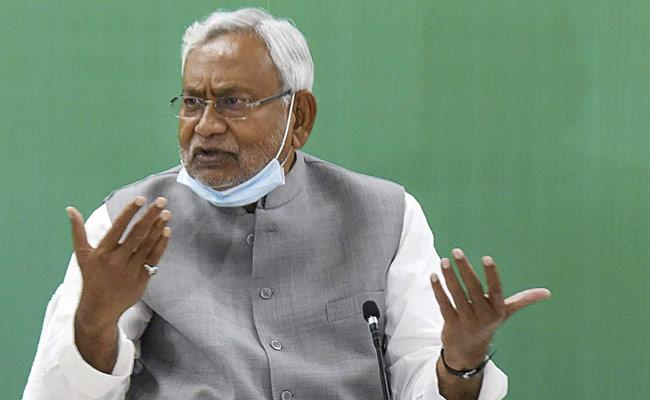 COVID19: Bihar Government Announces Lock Down Till May 15  - Sakshi