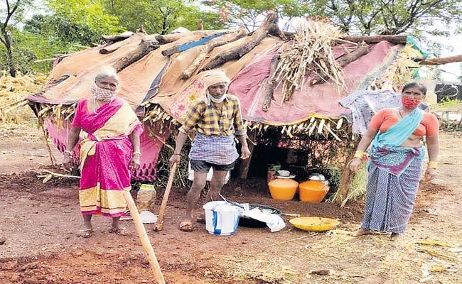 600 Corona Positive Cases In Yerravalli Village Vikarabad - Sakshi