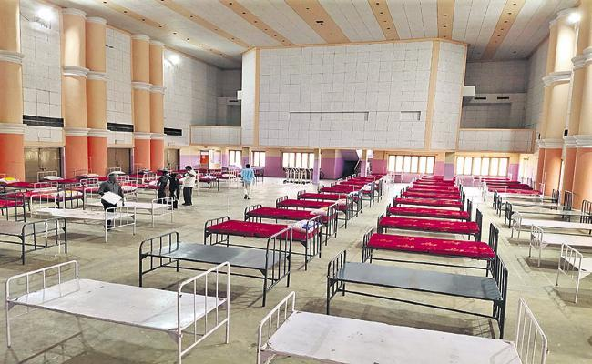 Beds Increased Heavily in covid care centres in AP - Sakshi