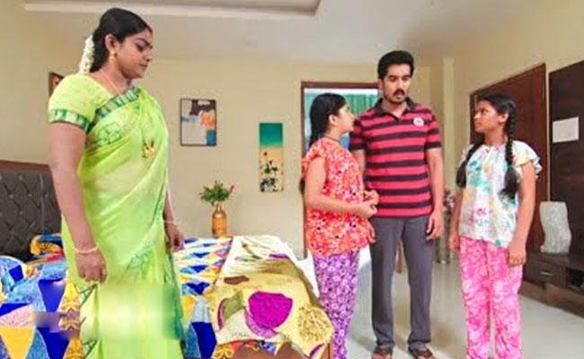 Karthika Deepam 6th May: Bharathi Tie Up With Monitha - Sakshi