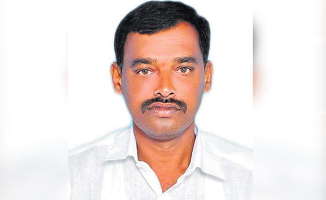 Illantakunta Sarpanch Ends Life 30 Lakh Rupees Debt - Sakshi