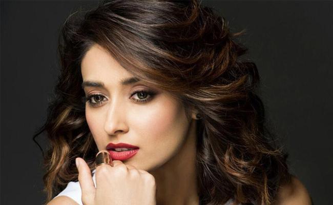 Ileana Gives Green Signal To Talk Show In Amazon Prime Video - Sakshi