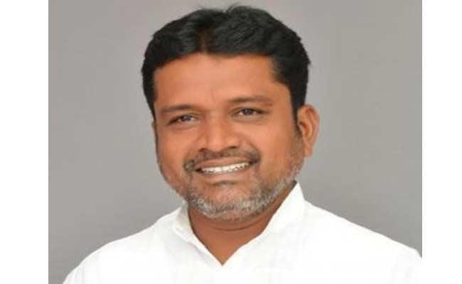 Where Is Peddapalli ZP Chairman Putta Madhu - Sakshi