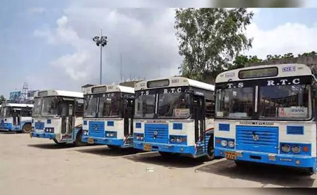 TS RTC Stops Bus Services To Andhra Pradesh - Sakshi