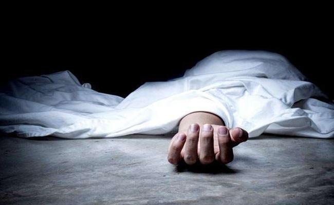Women Dead Body Was Eaten By Rats And Ants In A Hospital Mortuary In Uttar Pradesh - Sakshi
