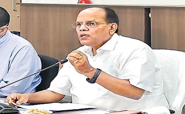 CS Somesh Kumar Press Meet About COVID Situation In Telangana - Sakshi