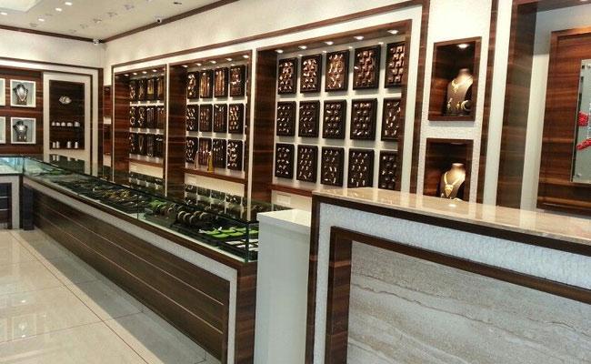 Tamil Nadu Robbery Case At Jewellery Shop - Sakshi