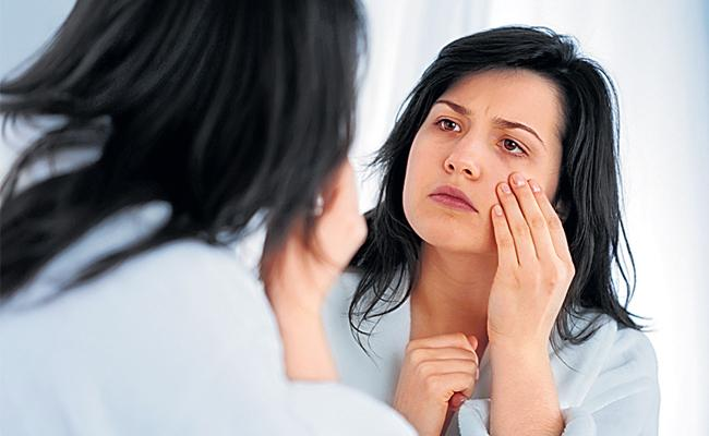 How To Get Rid of Carry Bags Under Your Eyes - Sakshi