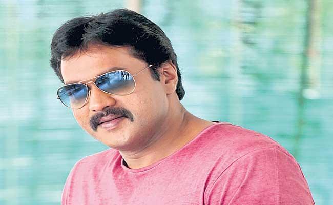 Sunil to star in Mandela Telugu remake - Sakshi