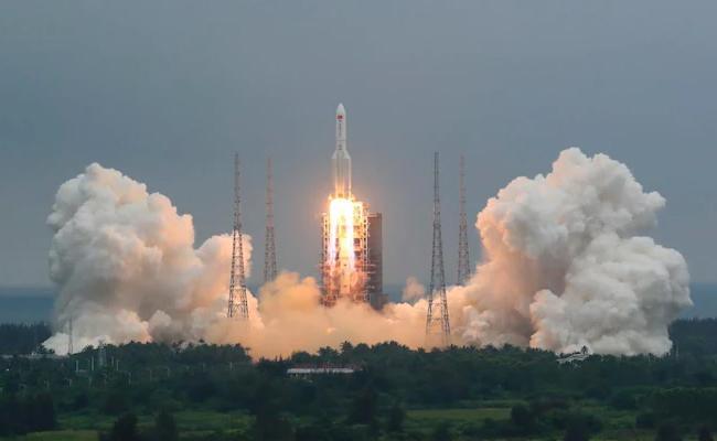 Chinese Rocket Hit Near 41 5 Degree Latitudes - Sakshi