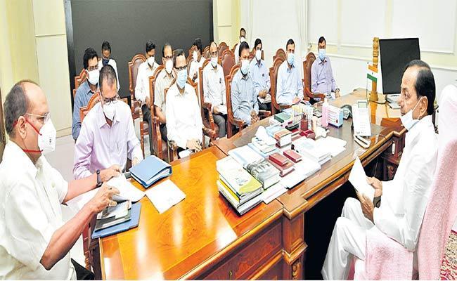 CM KCR Appeals To Prime Minister Modi Over Phone - Sakshi